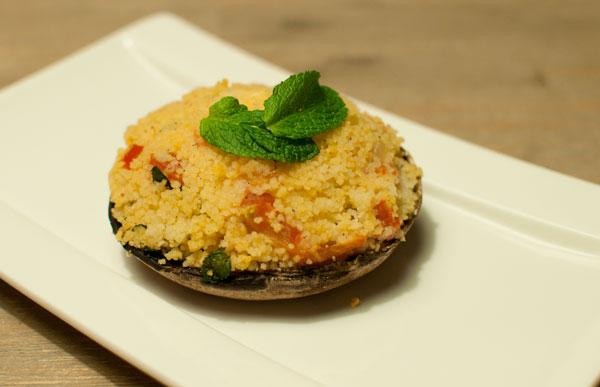 Gevulde portobello met couscous en geitenkaas