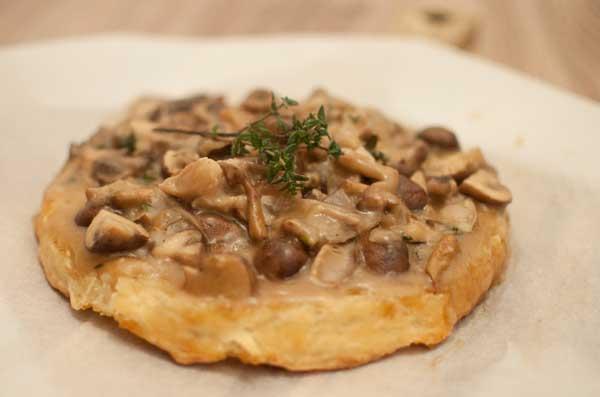 tarte tatin met paddenstoelen