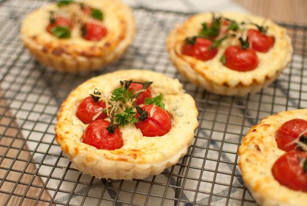 Ricottataartjes met tomaat