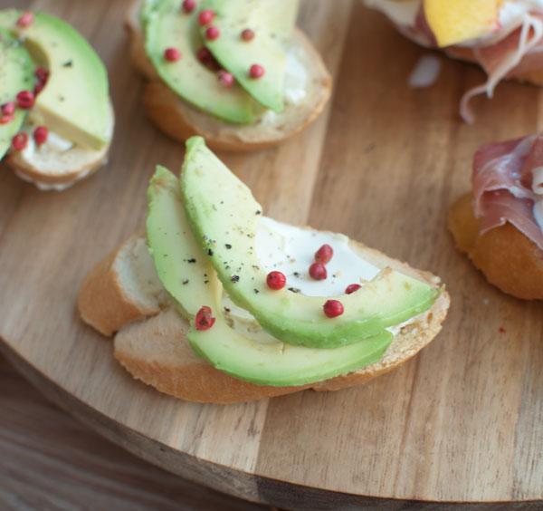 Crostini avocado