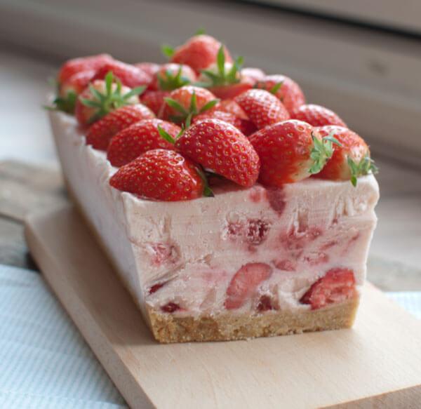 semifreddo met aardbeien
