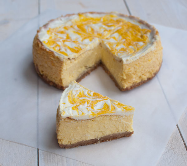 Cheesecake met mango en limoen