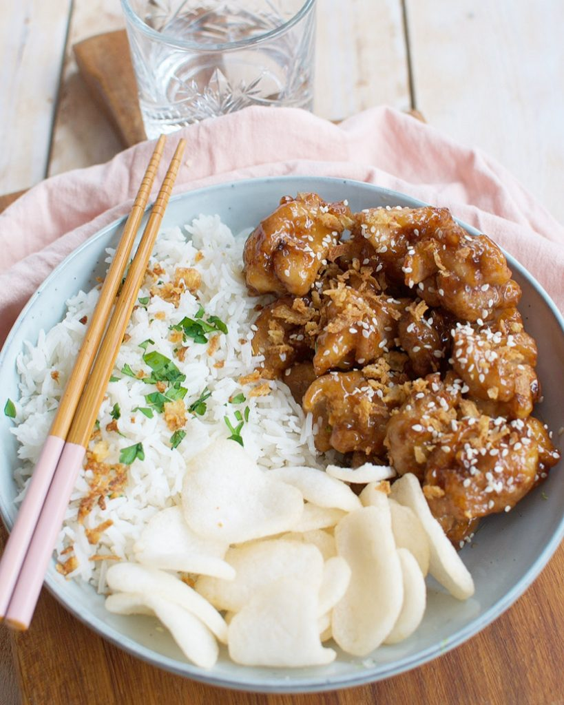 Krokante honing kip met rijst