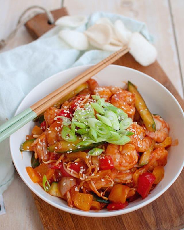 Garnalen in zoetzure saus met rijst