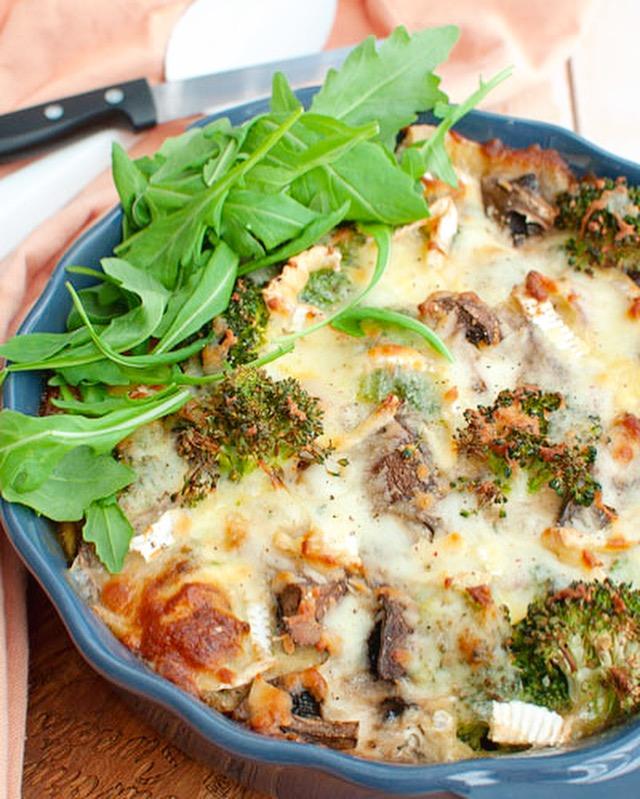 Koolhydraatarme ovenschotel met broccoli en ham