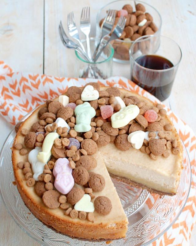 Sinterklaas cheesecake met speculaas en amandelspijs