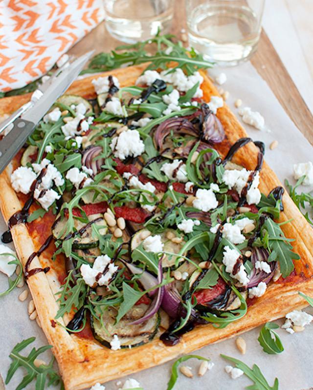 Plaattaart met gegrilde groente en feta