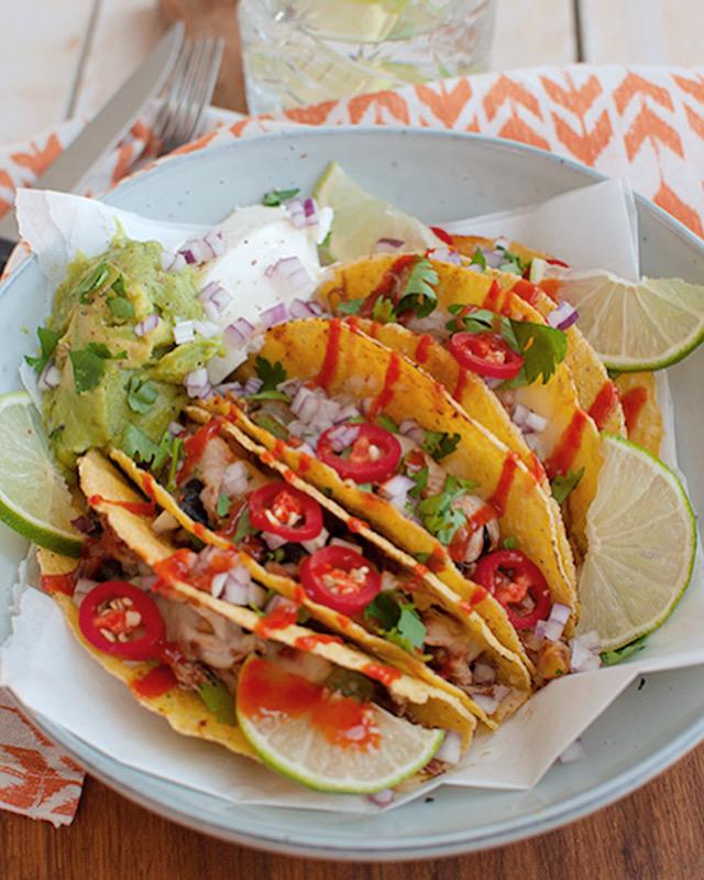 tacos met kip en guacamole